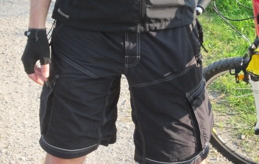 Gore MTB-Shorts Plaster Ultra II – Bike-Hose mit unzähligen Taschen im Test