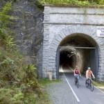 Der Fledermaustunnel ist eine der Attraktionen am 84 Kilometer langen SauerlandRadring - Sauerland-Tourismus e. V.; Fotograf Manfred Stromberg