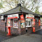Oli's Büdchen - Kiosk am Ebertbad in Oberhausen Foto: Ruhr Tourismus / Reinaldo Coddou
